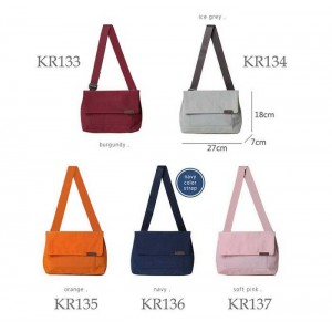 KR133-137 Waterproof travel medium tote bag